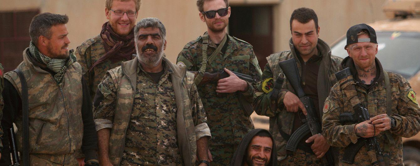 """Поддерживаемые США повстанцы выбили боевиков """"ИГ"""" из ключевого города в Сирии"""