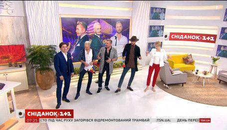 """У гостях """"Сніданку"""" півфіналісти Євробачення гурт Sunstroke Project з Молдови"""