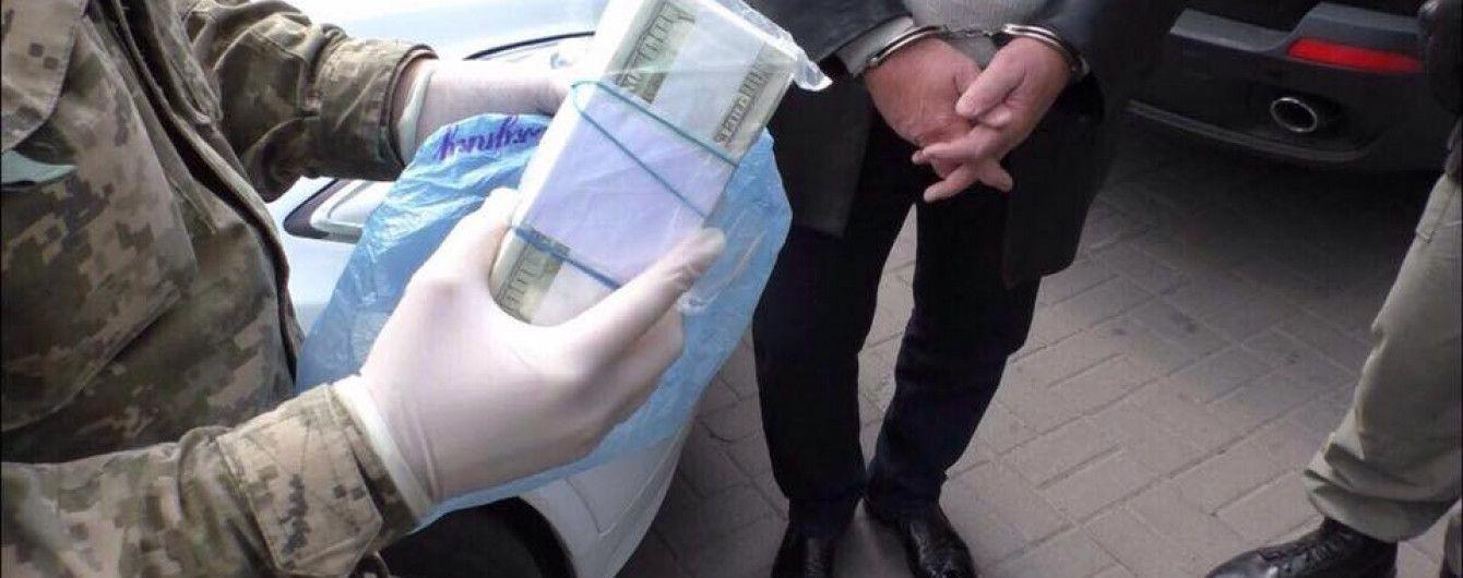 """В Киеве схватили бандитов, которые вымогали у бизнесмена $ 1,3 млн """"на взятку Луценко"""""""