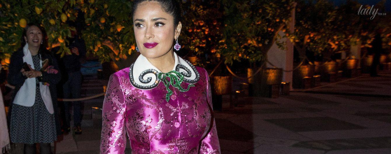 Платье от Gucci и серьги разного цвета: роскошный выход Сальмы Хайек в Венеции