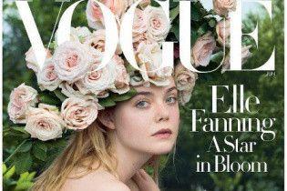 В венке из роз и платье Valentino: Эль Фэннинг в нежном образе на обложке Vogue