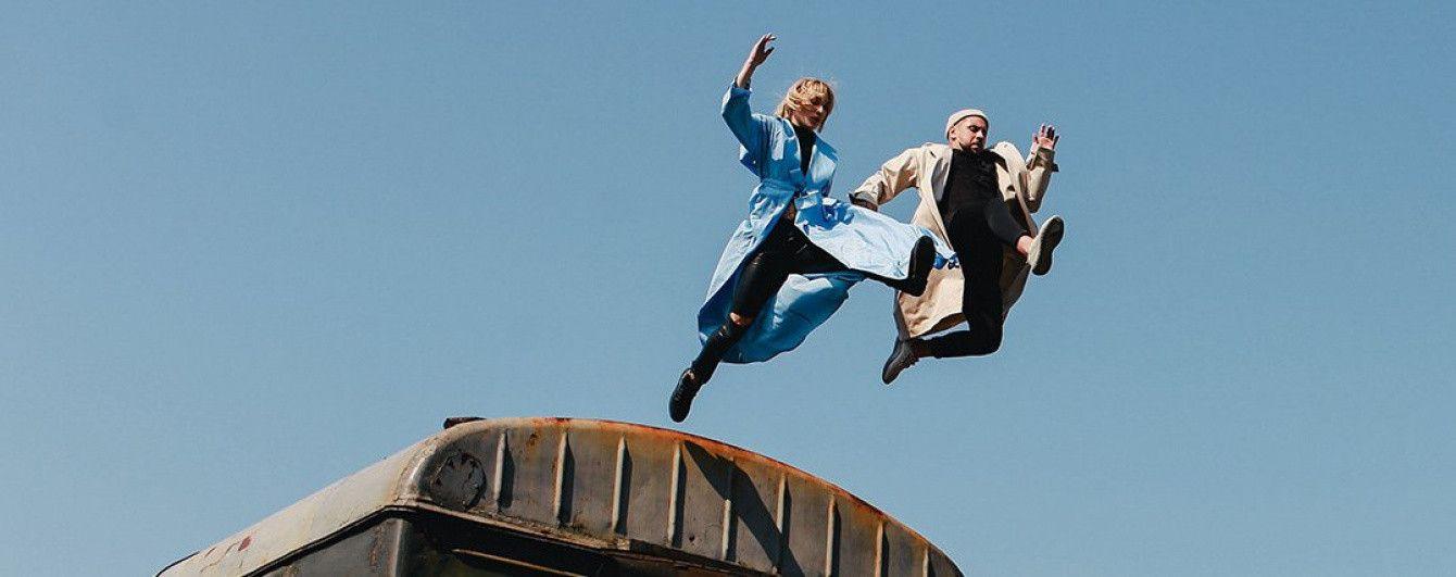 MONATIK прыгнул с поезда в новом танцевальном блокбастере