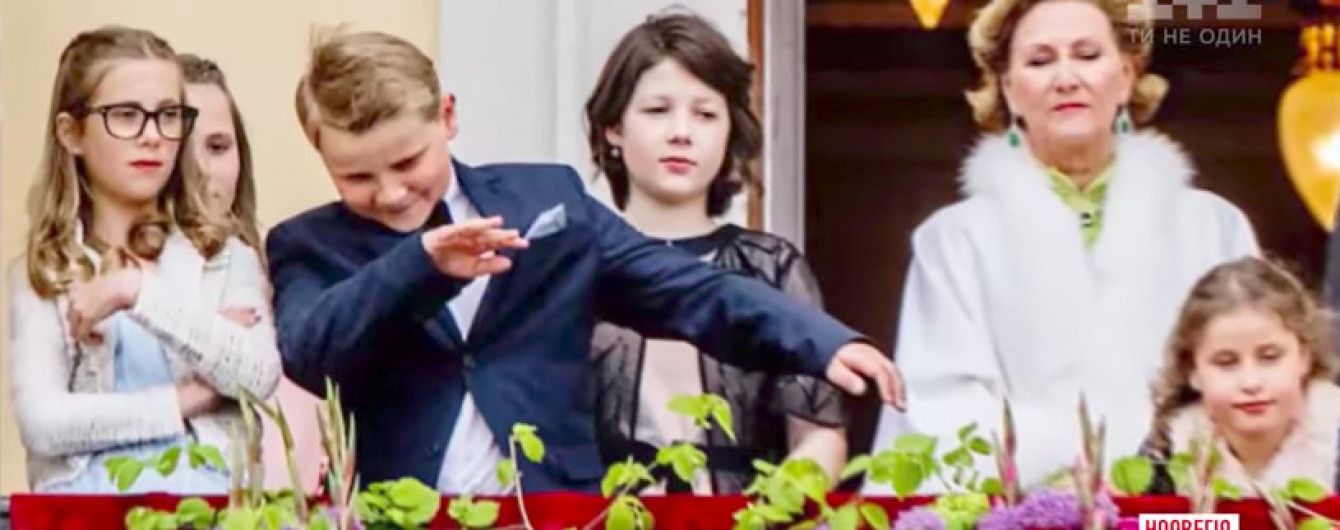 Шалости принца: в Норвегии 8-летний претендент на престол заставил смущаться монаршую семью