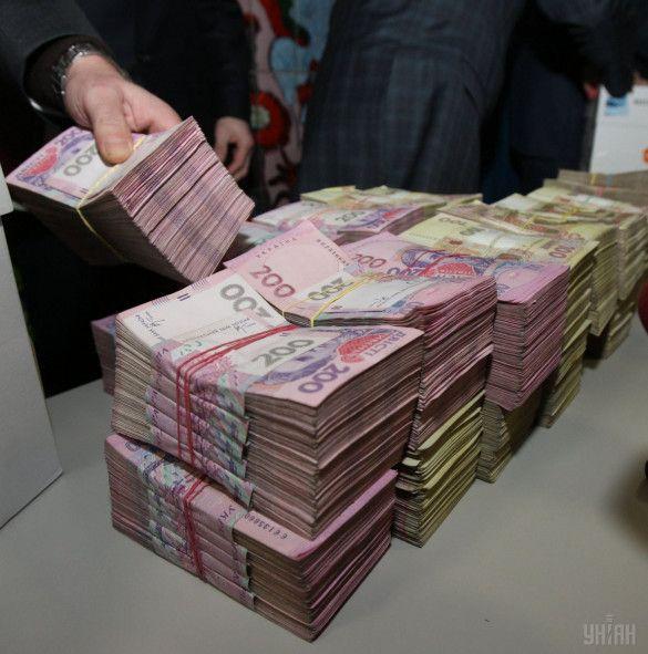 гривня, гроші, мільйонер, бюджет