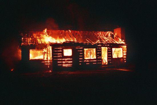 На Харківщині у пожежі загинула жінка та двоє її дітей