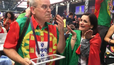 """Как португальцы отреагировали на объявление своей страны победителем """"Евровидения-2017"""" в финале"""