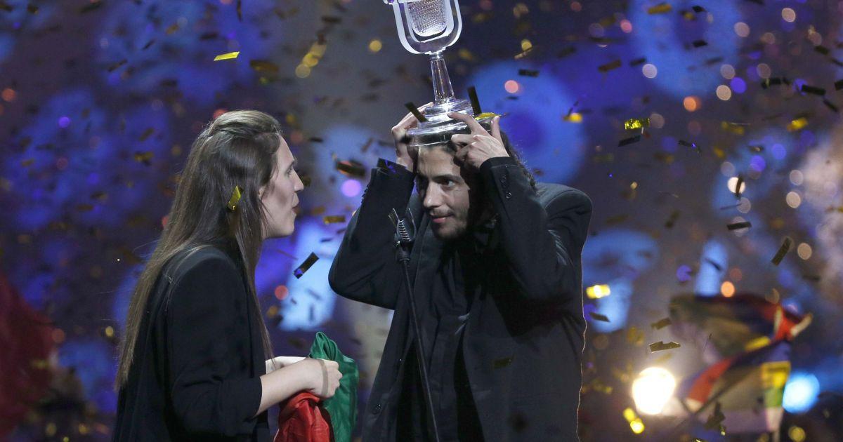 """Победитель """"Евровидения-2017"""" из Португалии Сальвадор Собрал @ Reuters"""