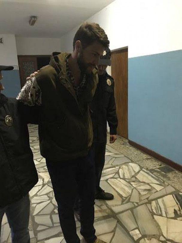 """Аваков показал пранкера Седюка в наручниках: """"оказывал сопротивление при задержании"""""""