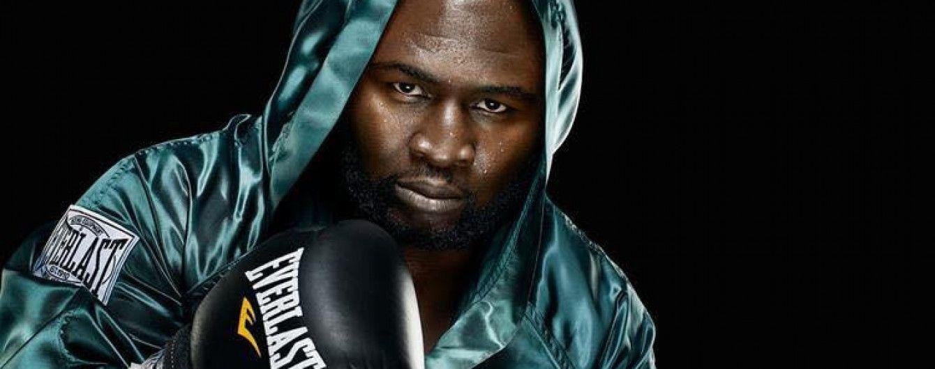 Американский боксер стал чемпионом мира в 48 лет