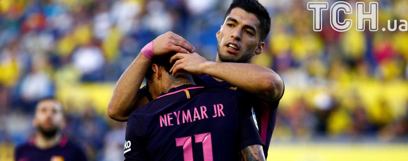 """Чемпіонська гонка триває. """"Барселона"""" та """"Реал"""" виграли матчі передостаннього туру Примери"""