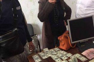 В Одесской области арестовали уличенных на взятке главу РГА с сообщницей, назначив 1 млн грн залога