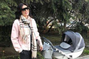 Стоцкая рассказала, как назвала дочь и показала фигуру после родов