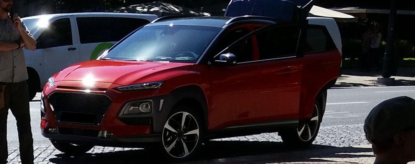В Сети появились новые фото кроссовера Hyundai Kona