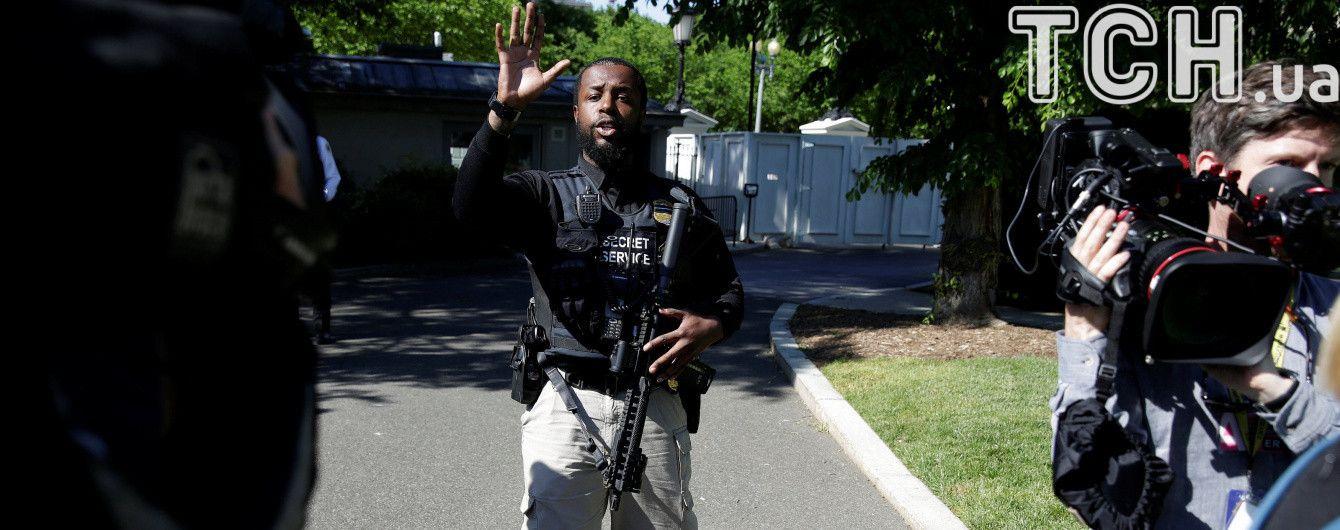 Силовики заблокировали Белый дом после того, как в него пытался попасть неизвестный