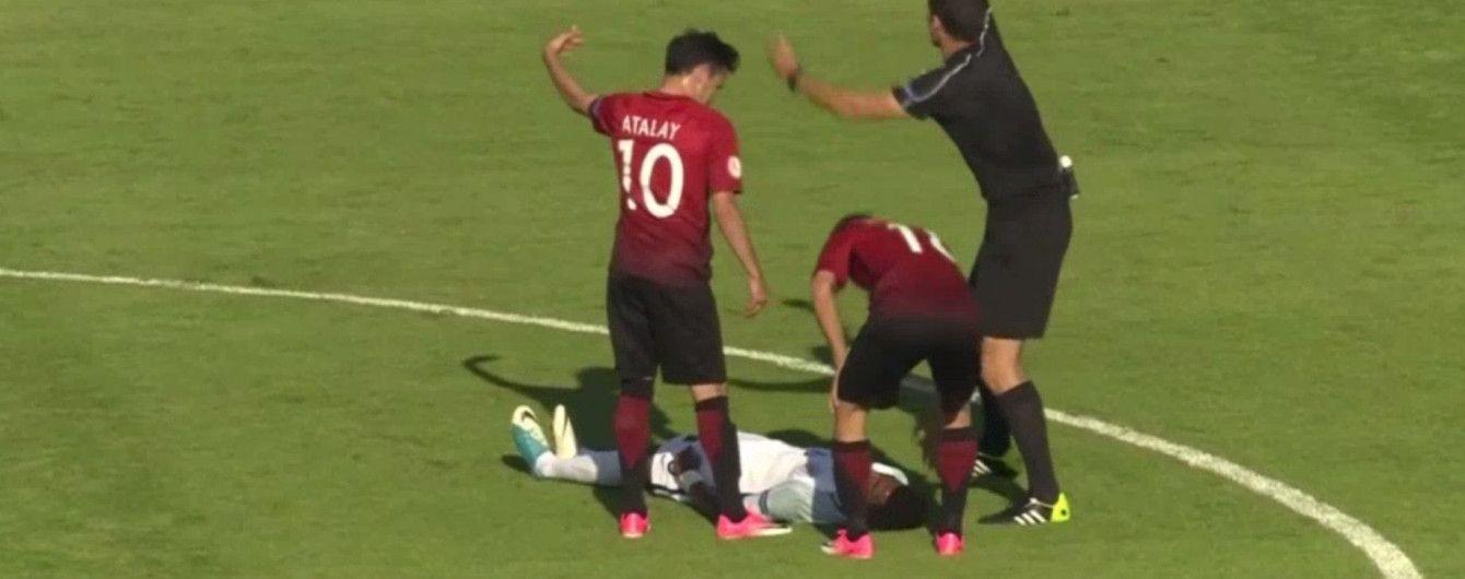 Футболіста збірної Англії відправили в 10-хвилинний нокаут під час матчу Євро-2017