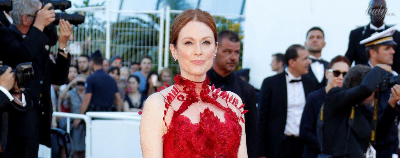 В красном платье на красной дорожке: Джулианна Мур в изящном образе на Каннском кинофестивале