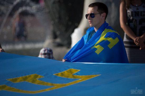 На окупованому півострові зробили обов'язковими обшуки у кримських татар