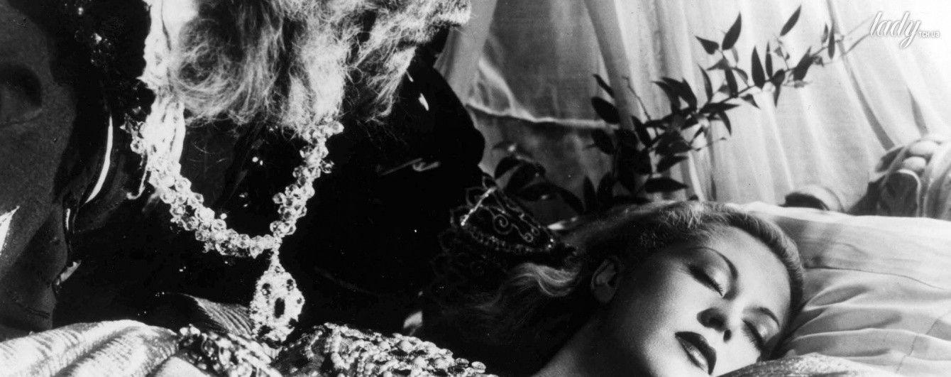 """Фантазии о любящем садисте: в чем причина популярности """"50 оттенков серого"""" и """"Сумерек"""""""