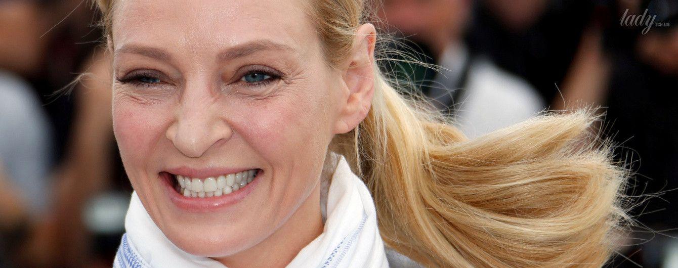 Стильная и с улыбкой: 47-летняя Ума Турман на фотоколле в Каннах