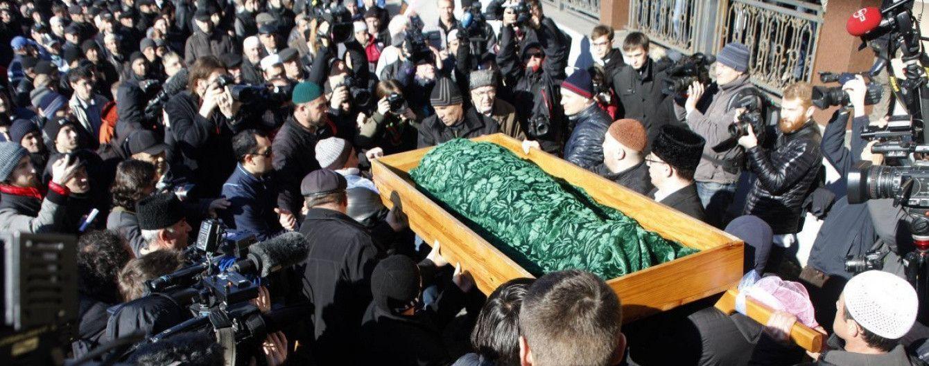 Порошенко присвоил звание Героя крымскому татарину Аметову, погибшему во время оккупации полуострова
