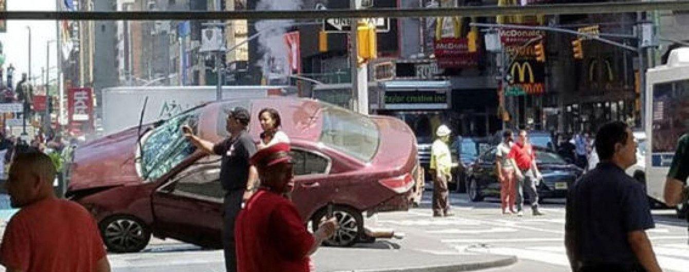 Число пострадавших в результате наезда автомобиля в Нью-Йорке возросло до 23