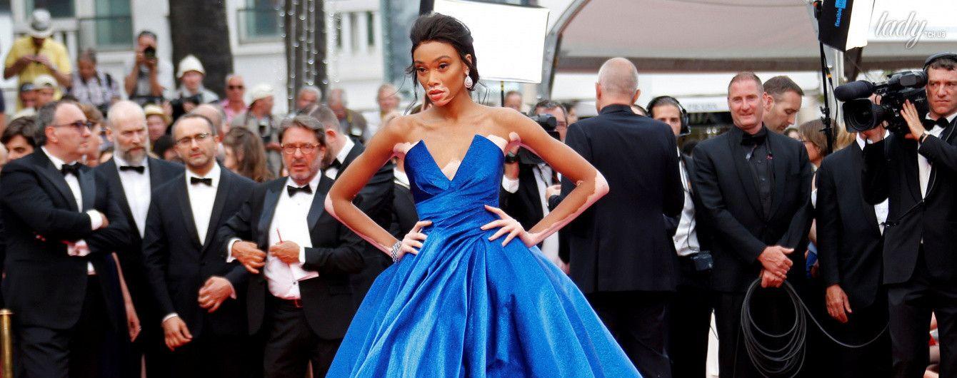 Модель Винни Харлоу надела самое пышное платье на красную дорожку в Каннах
