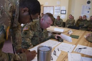 """Розпочалися масштабні тренування """"кіборгів"""" за участю солдатів НАТО"""
