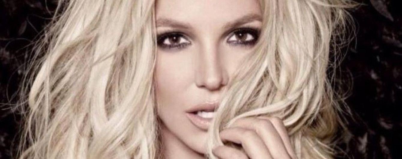 Блондинка в кружевном белье: Бритни Спирс опубликовала пикантное фото