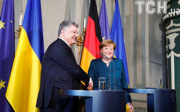 Порошенко в Германии встретился с Меркель