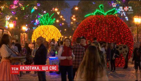 На главной улице Одессы установили новые светодиодные инсталляции
