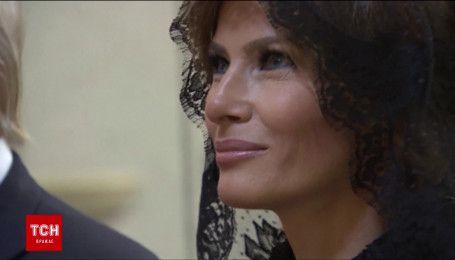Перша леді США вразила вбранням під час офіційної зустрічі Дональда із Папою Римським