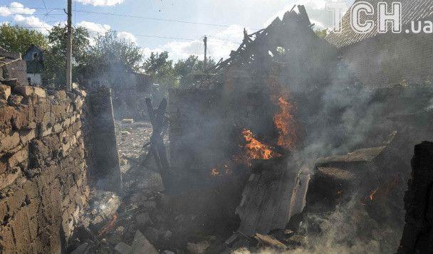 Опубликованы фото руин в Авдеевке после обстрела боевиками