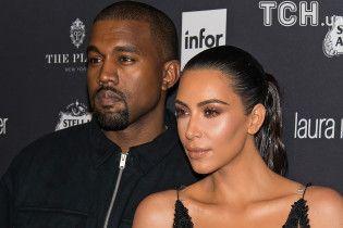 Кім Кардашян та Каньє Вест найняли сурогатну матір заради третьої дитини – ЗМІ