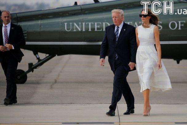 Ніжна Меланія та сильний Трамп. Як президентська пара мирилася