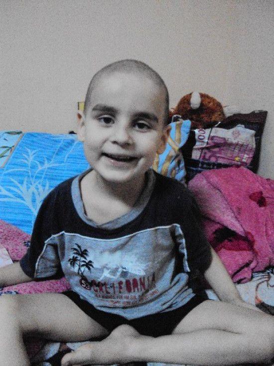 5-річний Тимур потребує допомоги, щоб здолати рак крові