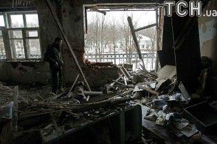 """Бойовики випустили понад півсотні """"заборонених"""" мін під Донецьком"""