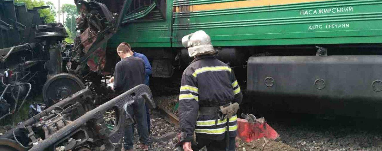 Залізничники власним коштом лікуватимуть постраждалу через аварію поїздів на Хмельниччині