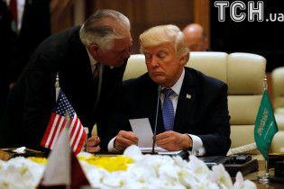 Трамп доручив Тіллерсону бути куратором виконання санкцій проти РФ