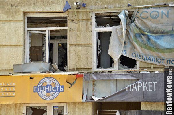 Прорыв водопровода вХарькове: «фонтан» поливал дом до7-го этажа