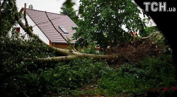 США накрив тропічний шторм Сінді, загинула дитина