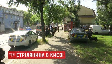 Стан Адама Осмаєва та кілера, який намагався його застрелити, залишається тяжким