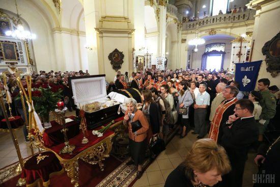 У Львові прощаються з блаженнішим Любомиром Гузаром. Онлайн-трансляція