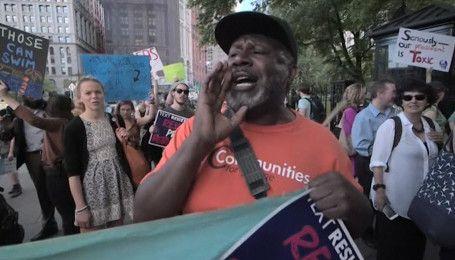 Американцы устроили массовые протесты против выхода США из климатического соглашения