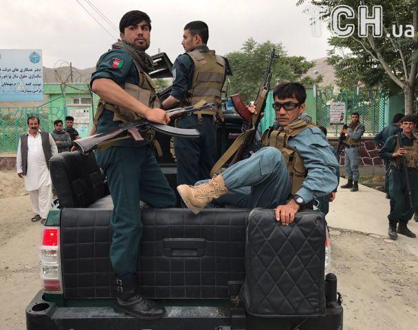 У Кабулі під час похорон стався потрійний вибух: щонайменше 12 загиблих