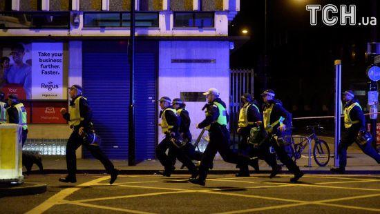 Нічний переполох. У Лондоні сталися теракти, є жертви та поранені