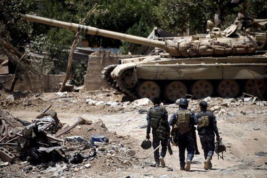 """У Сирії та Іраку від бойовиків """"ІД"""" звільнили велику греблю і місто Ель-Баадж"""