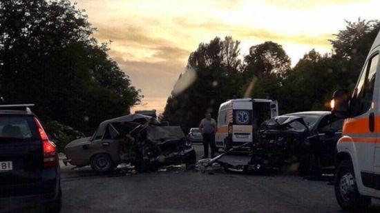 Моторошна ДТП на Львівщині: ВАЗ та Peugeot перетворилися на металобрухт, загинули двоє людей