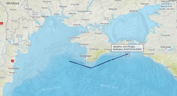 Український круїзний лайнер замість Одеси раптово взяв курс наРостов
