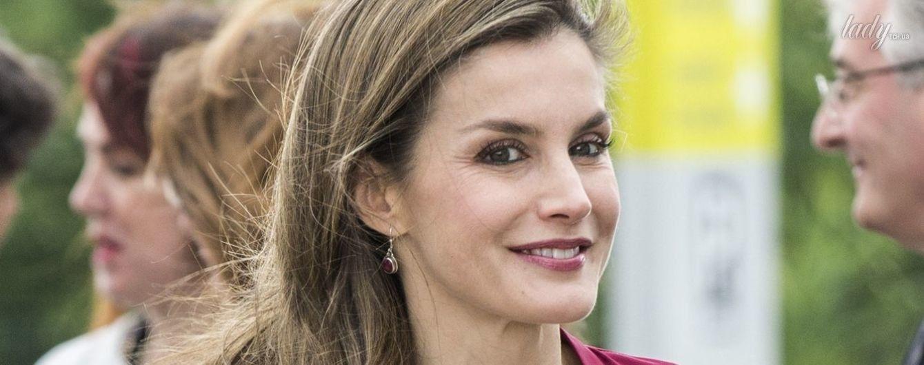 Как всегда, ярко: новый выход в свет испанской королевы Летиции