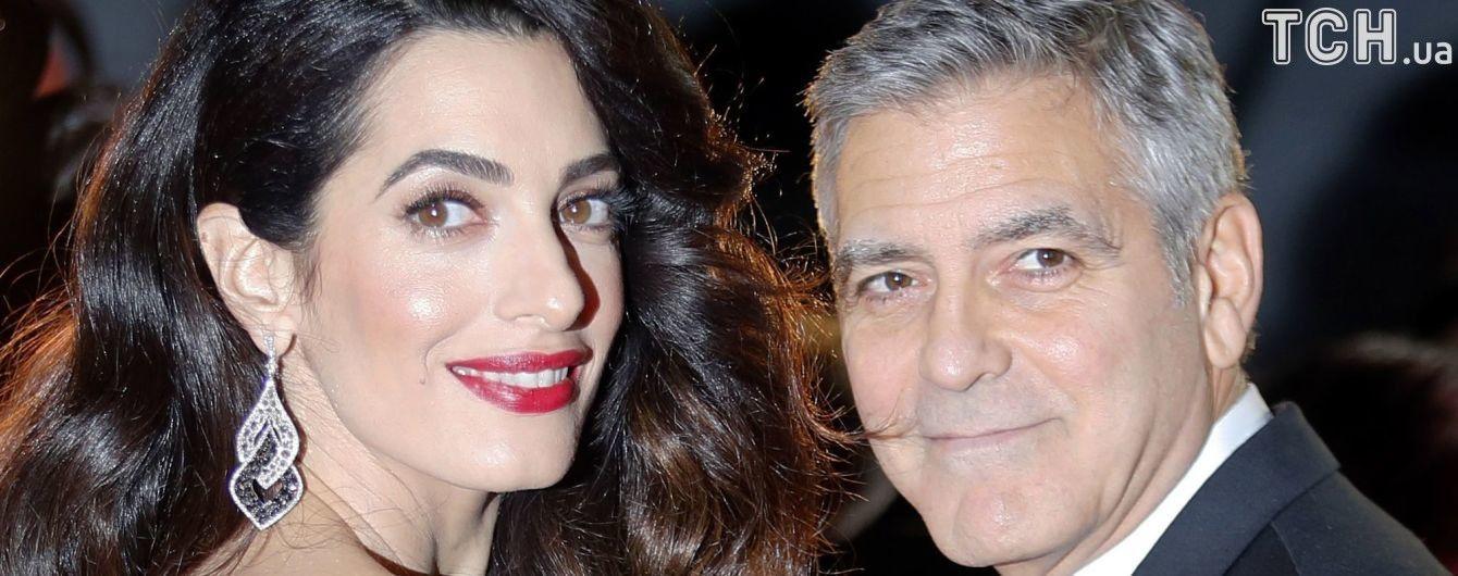 Муж Синди Кроуфорд мило поздравил Джорджа Клуни с рождением двойни